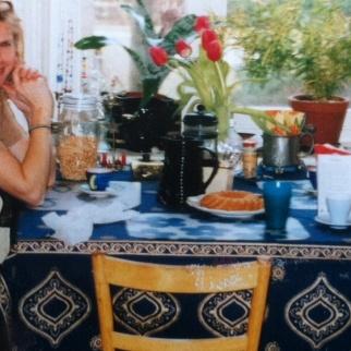 Susanne å jag i köket-besk