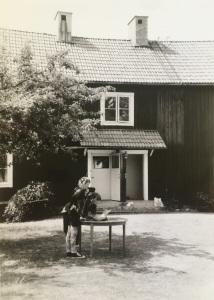 Fjärsbo1besk